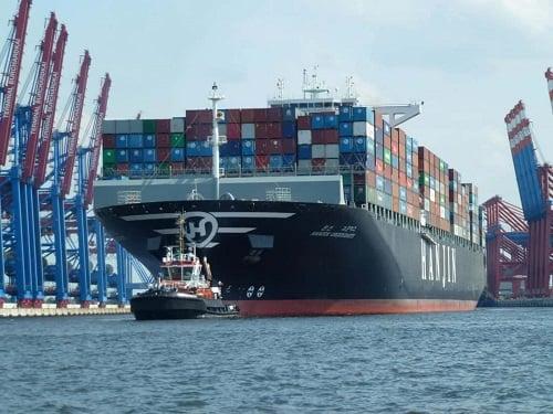 cargo ship - 500 x